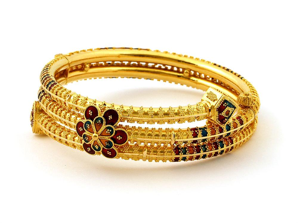 gold-bangle-designs-in-tanishq-9