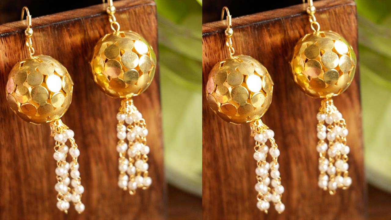 Ball Shape Earrins Designs