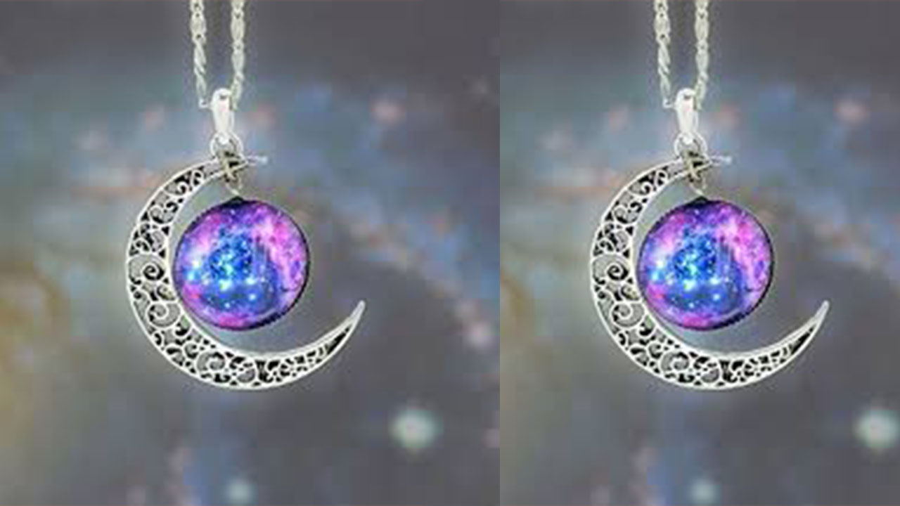 Stylish Lockets In Ball Shape Designs